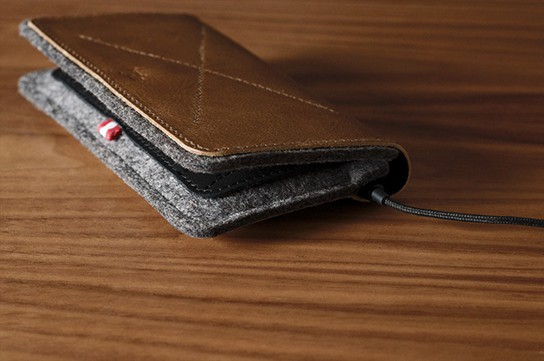 Hard Graft Phone Fold Wallet 544px