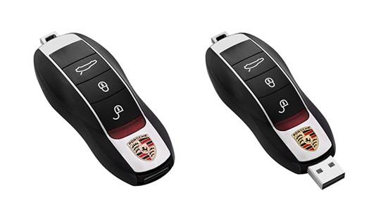 Porsche Panamera Car Key thumb drive 544px
