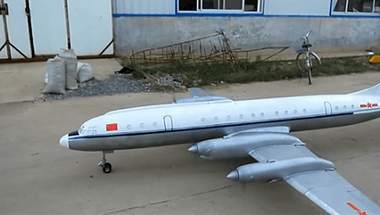 China largest electric radio control aircraft - rolling out 544px