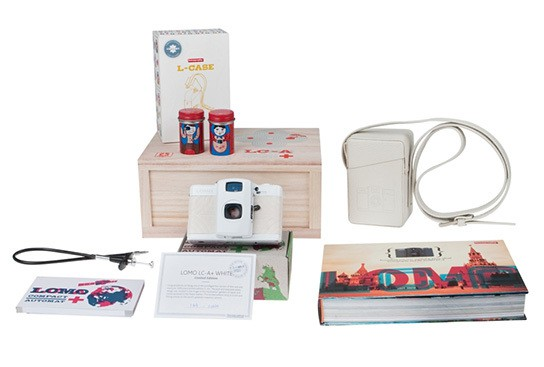 Lomography The LOMO LC-A+ White Japan Special Edition package 544px