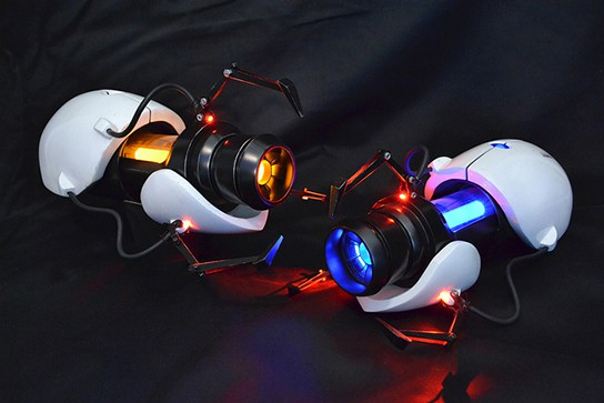 Volpin Props Portal Gun Replica guns with both Orange and Blue Portals 544px