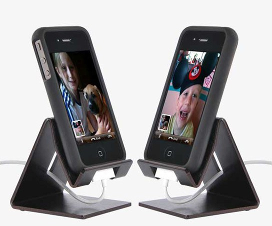 Dzdock One device stand img3 544px