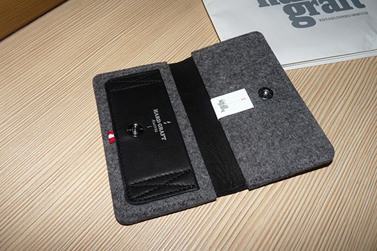Hard Graft iPhone Wallet - the inside 544px