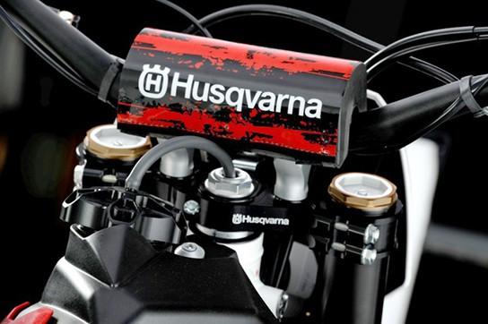 Husqvarna Motorcycles Meo TE250 Replica img4 544px
