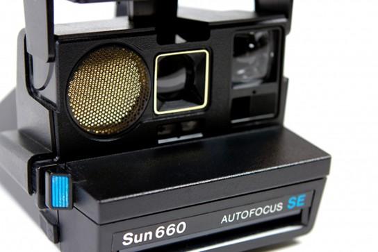 Limited Edition Polaroid 660 Sun Camera img2 544px