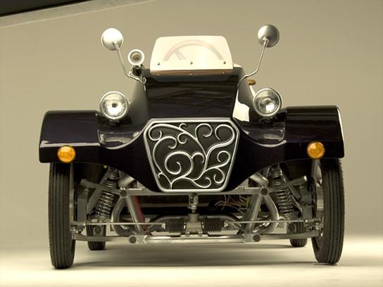 Takayanagi Miluira Electric Vehicle - front view 544px