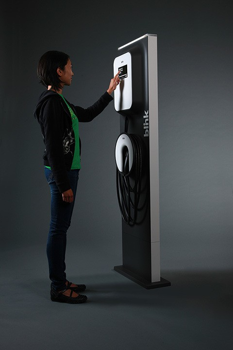 Blink Charging Stations >> Blink proves that electric car charger units can be ...