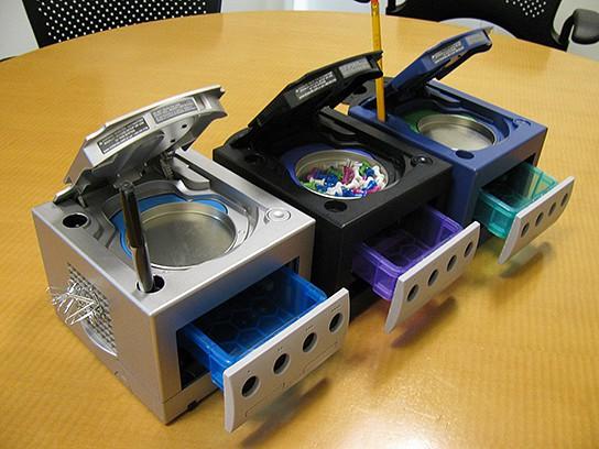 GreenCub GameCube Desktop Organizer main 544x408px