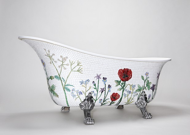 Mosiac Sweden bathtub