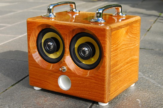 Thodio iBox sound dock main 544px