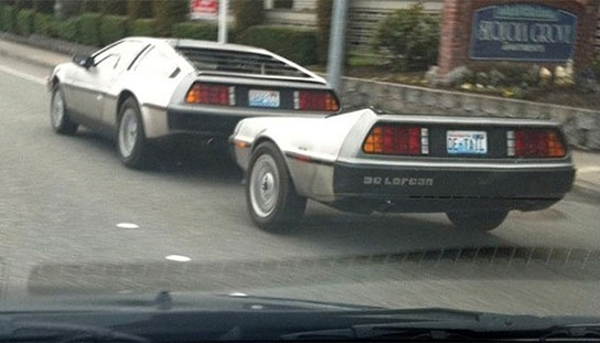 Delorean with DeLorean Trailer 544x311px