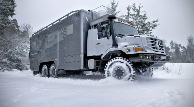 Mercedes-Benz Zetros Turned Into a Luxurious Hunting Vehicle