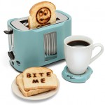 Pop Art Toaster - looks like a hearty meal is all set 600x580px