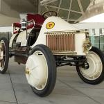 Porsche Semper Vivus 1900 - recreated by Porsche 700x600px