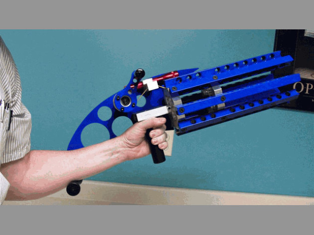 Rubber Band Gatling Gun 640x480px