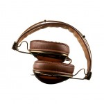 Skullcandy ROC Nation Aviator - foldable for easy storage 800x588px