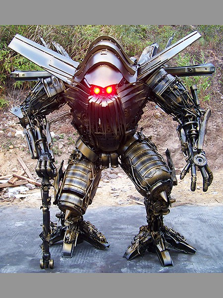 Steel Legend scrap metals Transformers sculpture - Jetfire 450x600px