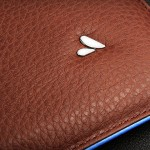 Vaja Premium Leather Sleeve for iPad 2 - close-up 800x480px