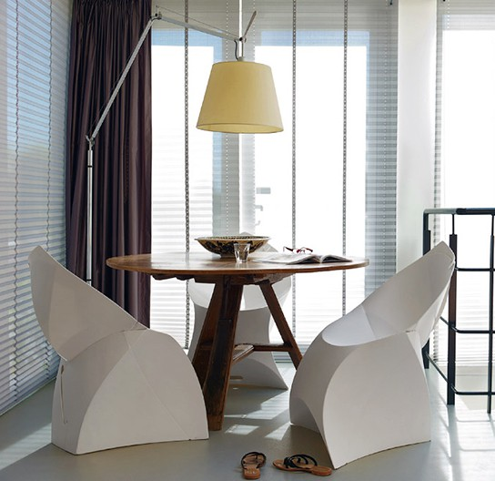Flux Chair 544x528px
