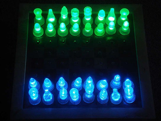 LED Chess Set 544x408px