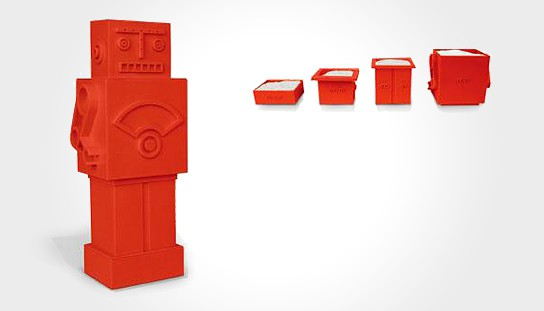 Red Robot Measuring Cups 544x311px