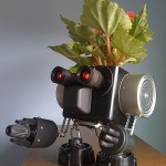 make robots a part of your green life with robo planters