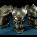 Sideshow Collectibles Comic-Con Exclusives - AVP Predator Mask Set Prop Replica 900x600px
