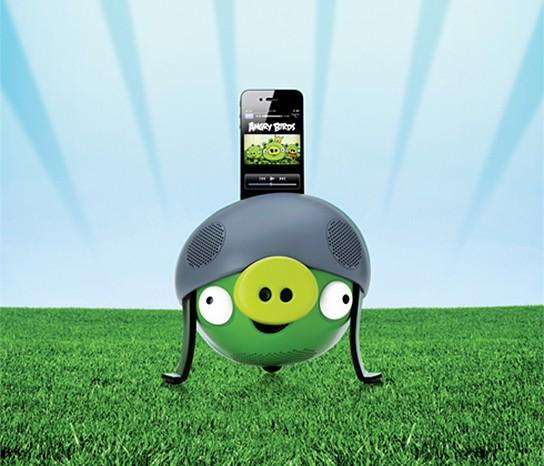 Gear4 Angry Bird Speakers - Helmet Pig 544x466px