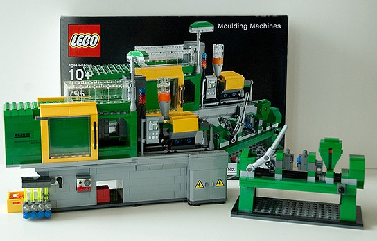LEGO Moulding Machines 544x348px