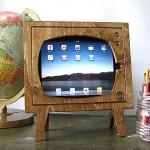 Handmade Natural Wood Retro TV iPad Dock for iPad or iPad 2