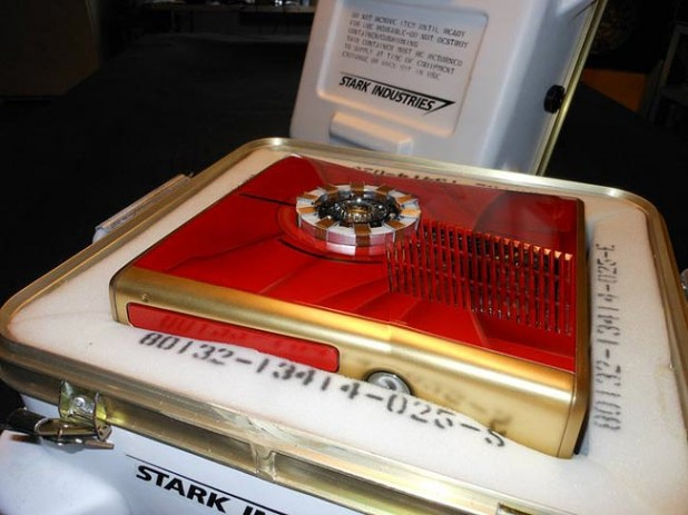 Iron Man Xbox 360 Slim mod 650x488px