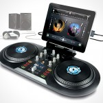 Numark iDJ Live gives you tactile feel for DeeJaying with iPad