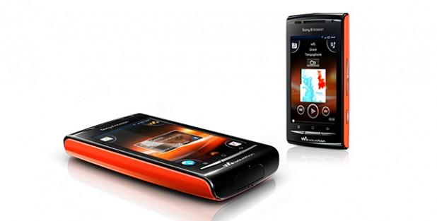 Sony Ericsson W8 Walkman Phone - Orange 640x325px