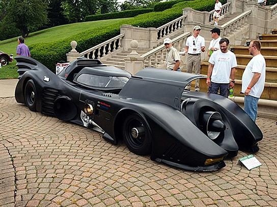 Turbine-powered Batmobile 544x408px