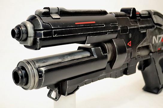 Volphin Props Mass Effect 3 N7 Assault Rifle 544x360px