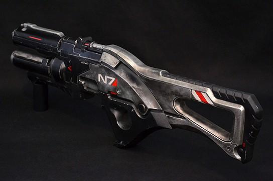 http://mikeshouts.com/wp-content/uploads/2011/07/Volphin-Props-Mass-Effect-3-N7-Assault-Rifle-8-544x360px.jpg