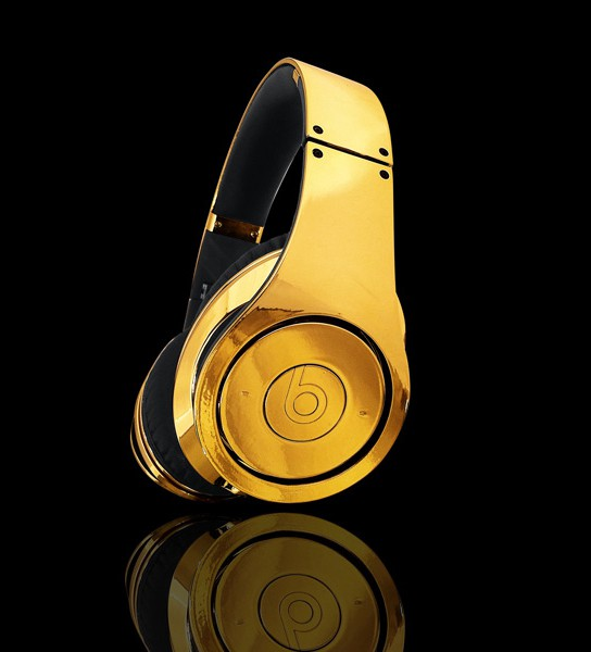 24-ct Gold Plated Dr Dre Beats Studio Headphones 544x600px