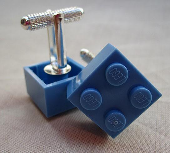 DIY LEGO Cufflinks 544x488px