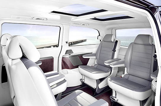 Mercedes-Benz Viano Vision Pearl Showcar - interior 544x360px