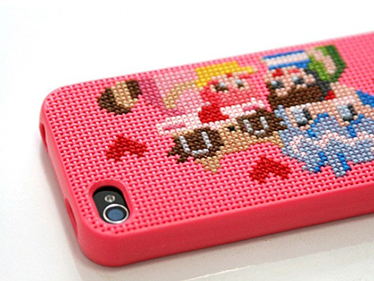Neostitch DIY iPhone 4 Case 544x408px