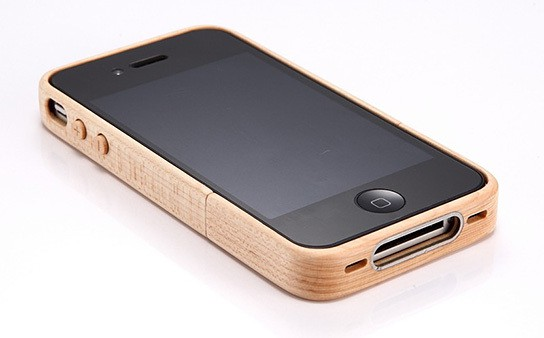 iTimber - iPhone 4 Maple Wood Case and Stand 544x338px