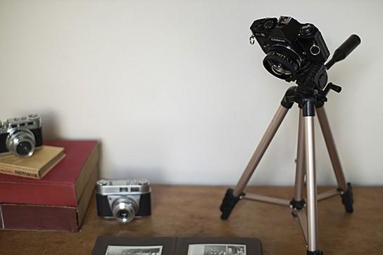 Camera Desk Lamp 544x363px