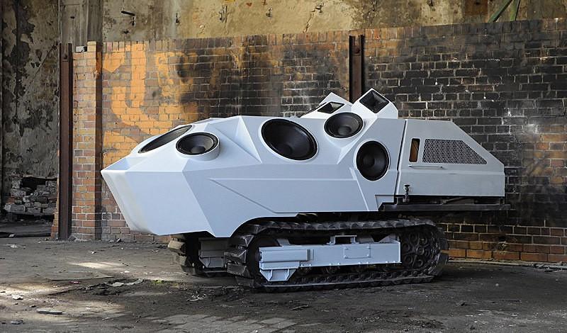 Nik Nowak's Panzer Soundtank 800x470px
