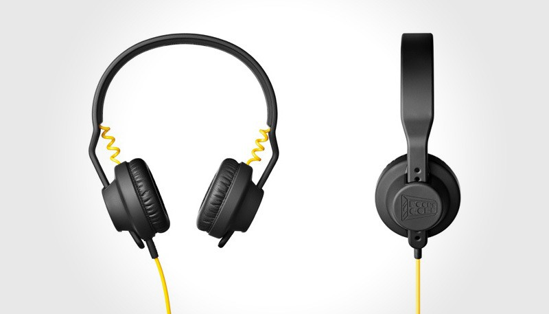 http://mikeshouts.com/wp-content/uploads/2011/10/Limited-Edition-AIAIAI-TMA-1-Ed-Fools-Gold-Headphones-2-800x457px.jpg