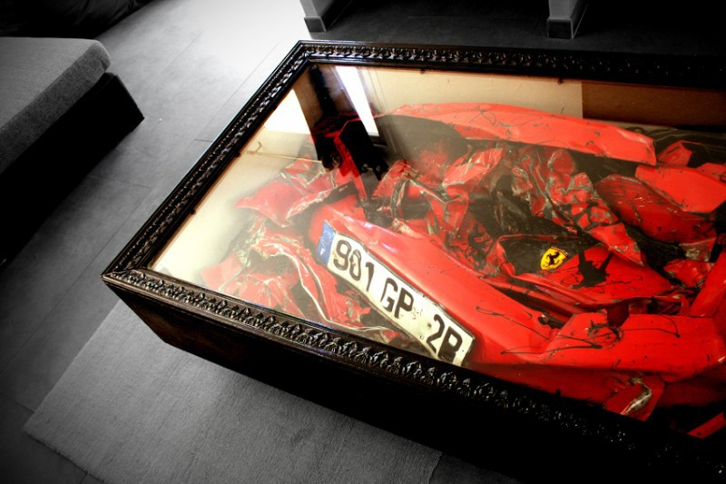 Charly Molinelli Crashed Ferrari Table 800x533