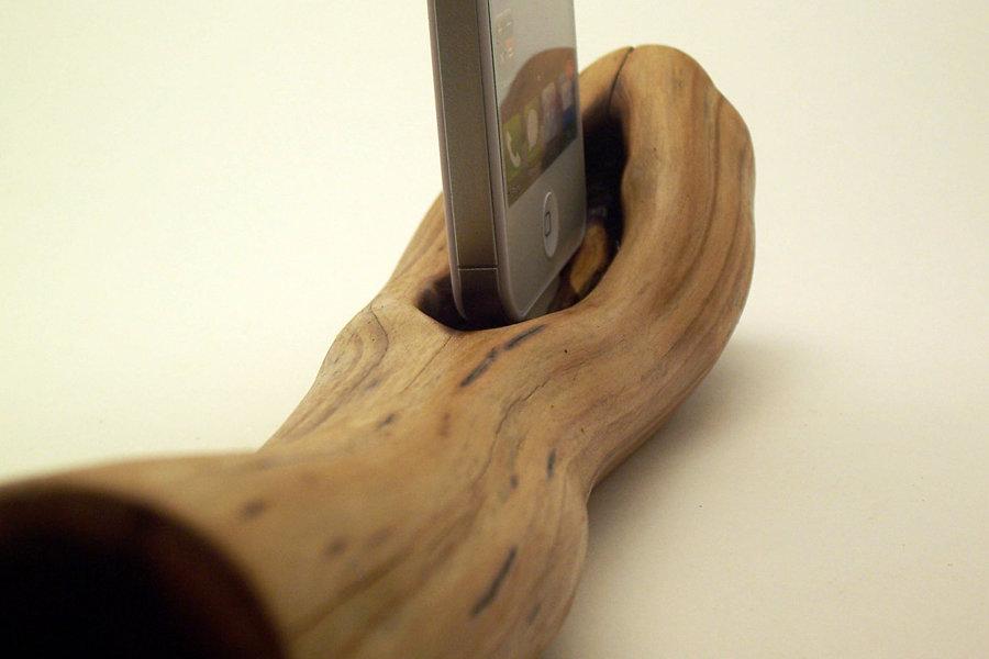 iphone Dock Manzanita 900x600px
