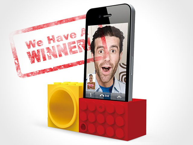 OZAKI iCarry FaceTime Stand - winner announced!