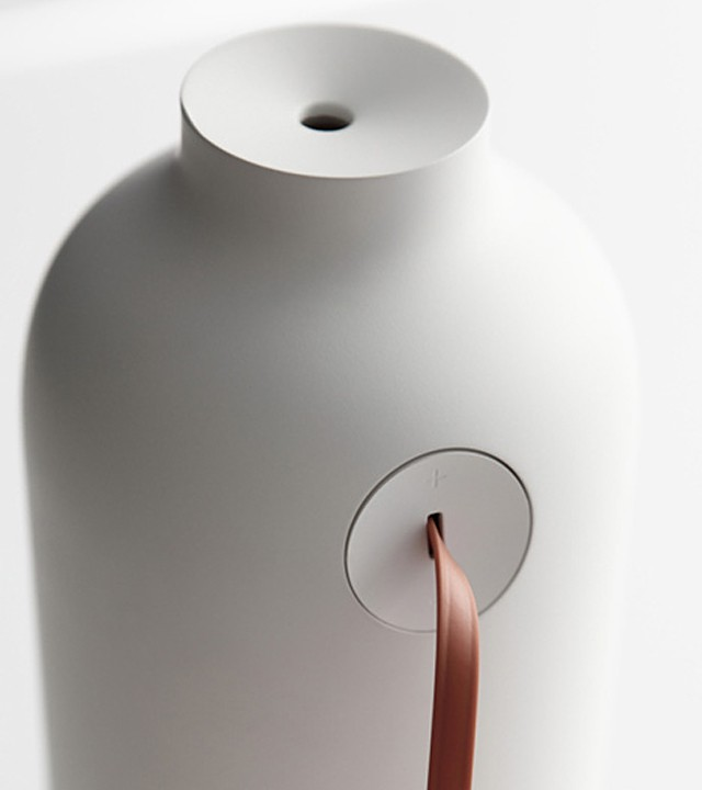 Bottle Humidifier by cloudandco