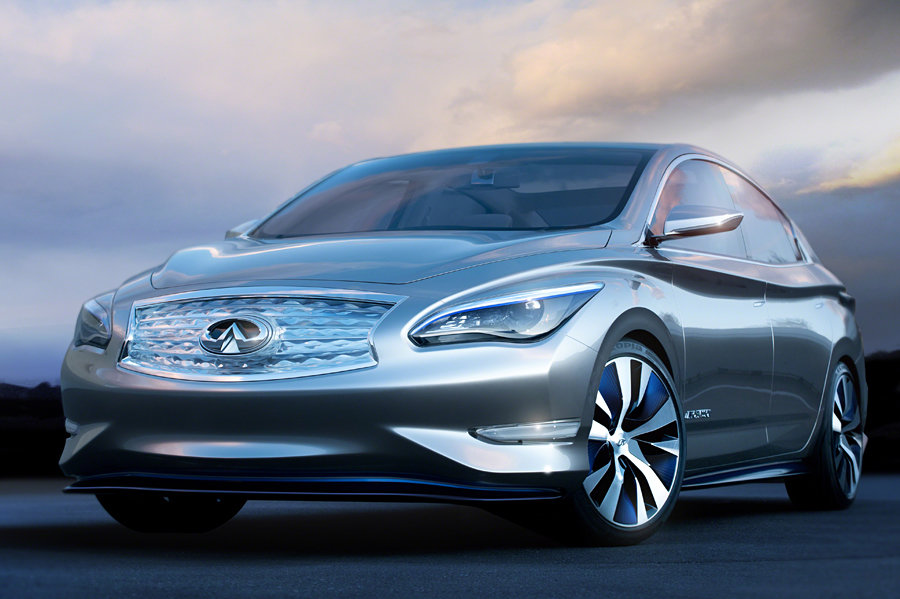 Infiniti LE Concept Zero Emission Luxury Sedan