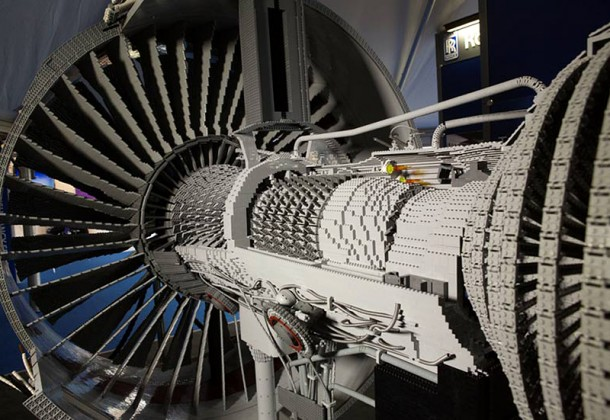 Rolls-Royce LEGO Trent 1000 Engine